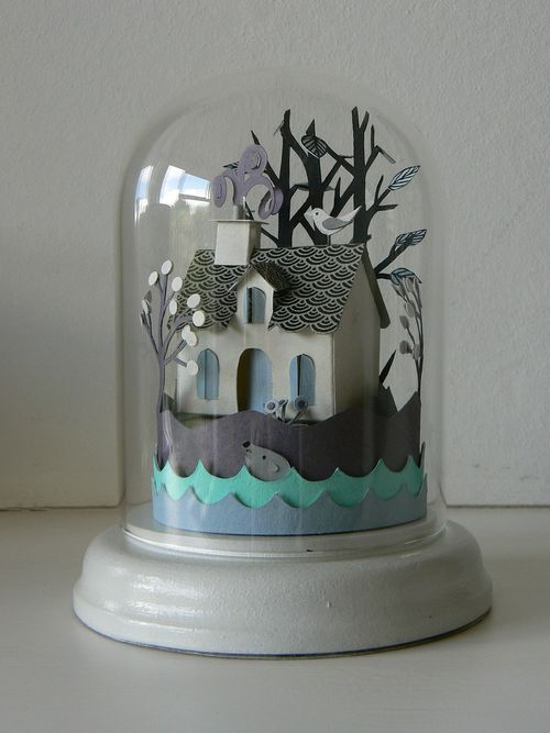 Island Cottage Glass Dome