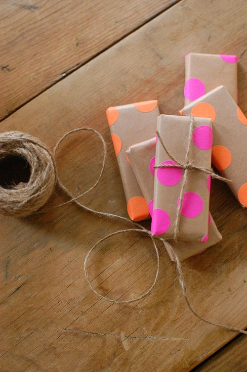 Butcher-paper-gift-wrap-chelsea-fuss