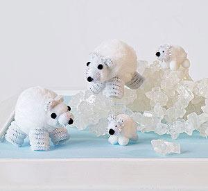 Pom-pom-polar-bear