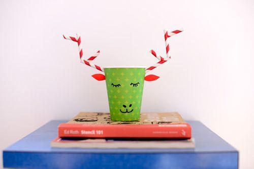 Paper-cup-reindeer
