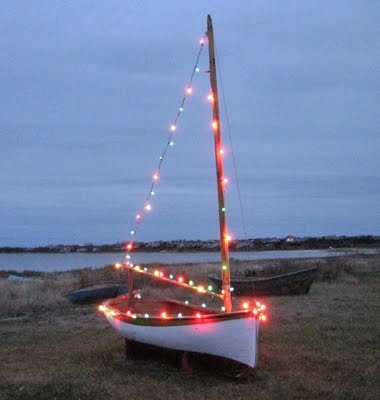 Christmas-light-sailboat