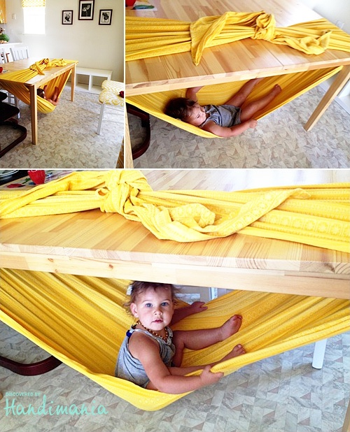 Handimania-under-table-hammock