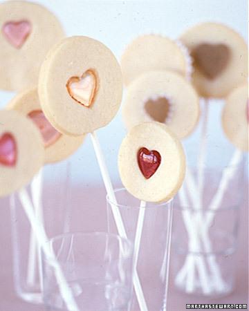 Valentine-cookie-pops