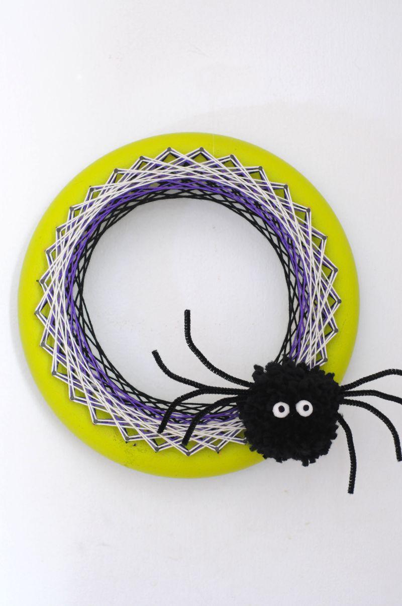 String-art-spider-wreath